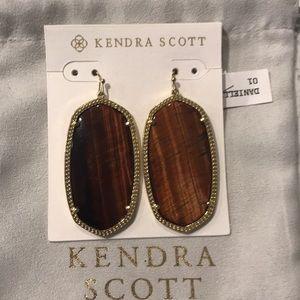 Kendra Scott Tiger's Eye Danielle Earrings RARENWT